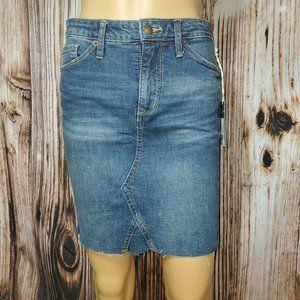 Universal Thread™ NWT Women's Denim Skirt